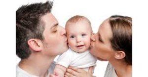ouders met baby na zwangerschap