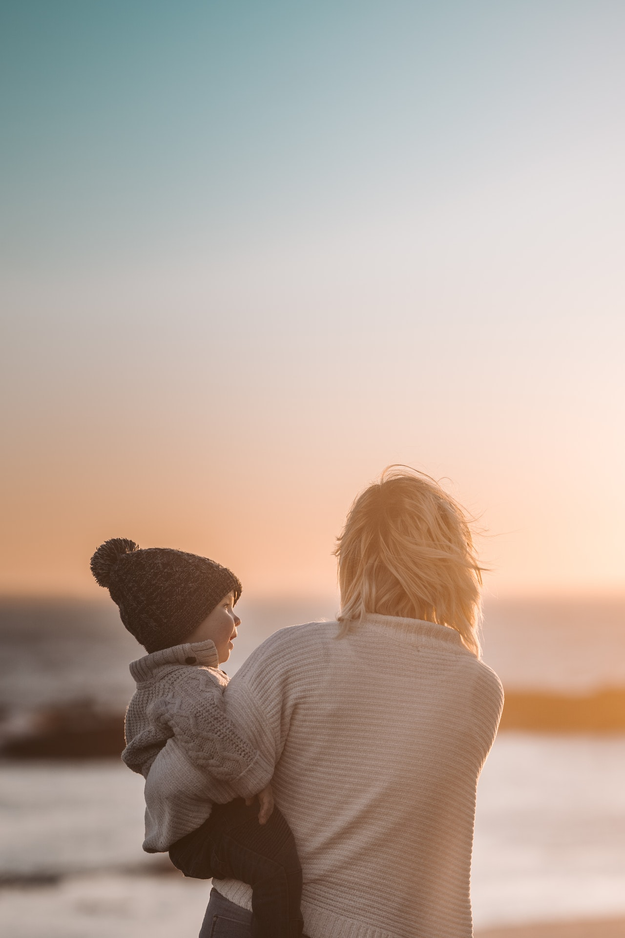 personapraktijk.nl/wat is transgenerationeel trauma/ moeder en kind systemisch verbonden